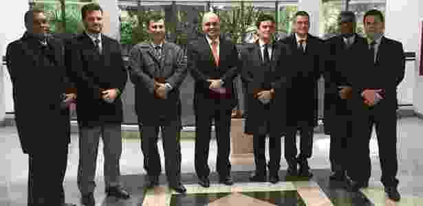 Em junho, Alexandre de Moraes (centro) se encontrou com Sergio Moro (à esq. dele) - Ministério da Justiça/Divulgação