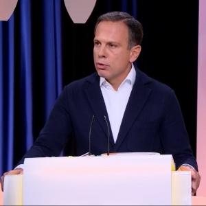 João Doria (PSDB) participa de debate realizado por UOL, Folha e SBT