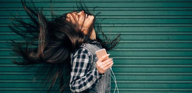 Pessoas que se emocionam com música têm estruturas cerebrais diferentes