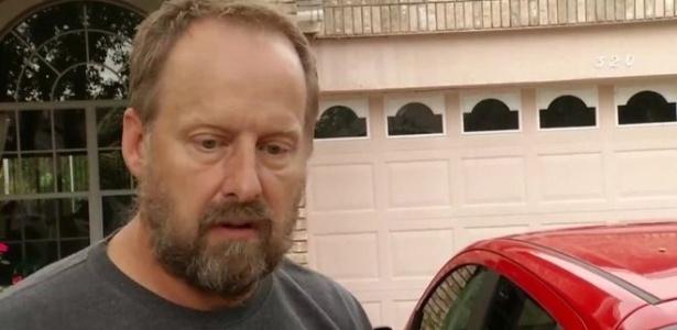 """""""Ele provavelmente não tinha nem multas por estacionar em lugar errado"""", disse irmão de atirador a jornalistas"""