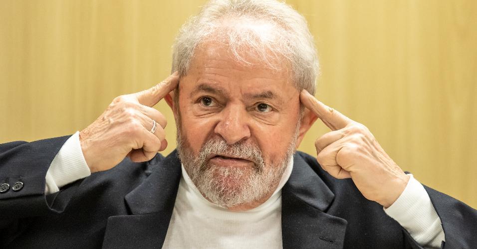 Ex-presidente Luis Inácio Lula da Silva concede entrevista na Polícia Federal, em Curitiba
