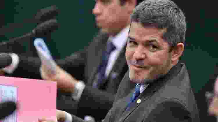 Palácio do Planalto patrocinou coleta de assinaturas para tirar o deputado Delegado Waldir (foto) do posto de líder da bancada na Câmara - Divulgação