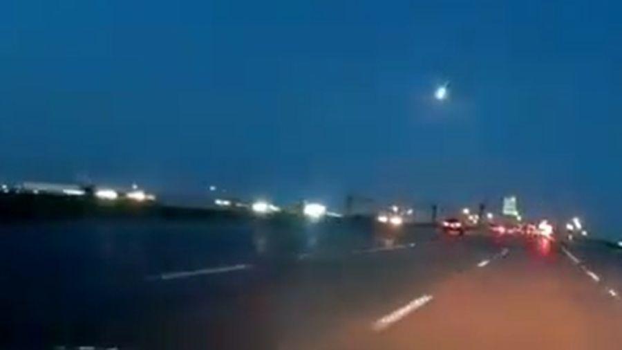 Câmeras flagram bola de fogo meteórica romper céu nos EUA - Reprodução/Twitter