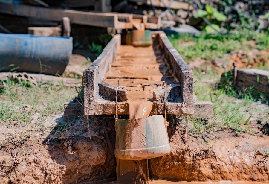 Garimpeiros de Senador José Porfírio (PA) lamentam a baixa produtividade nas vilas afetadas por Belo Sun, um projeto de mineração para extração de ouro