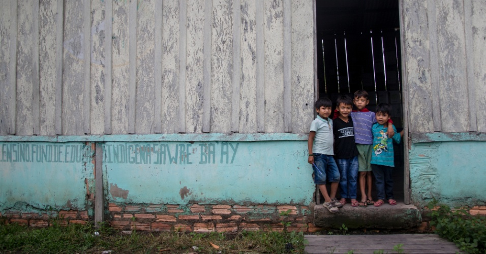 Sala de aula na aldeia Sawré Muybu, na Terra Indígena Sawré Muybu, no Pará