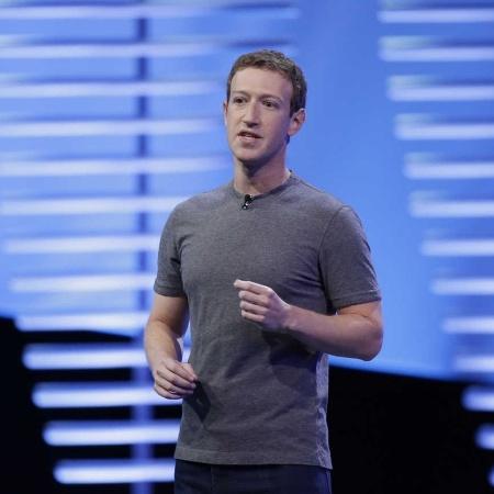 CEO do Facebook, Mark Zuckerberg, fala no palco durante a conferência F8 em São Francisco, Califórnia - Stephen Lam/Reuters