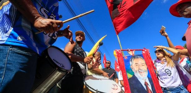 Manifestantes pró-Lula estão acampados nas proximidades da PF