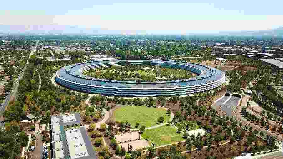 Cerca de 12 mil pessoas trabalham no Apple Park, sede da empresa  - Getty Images