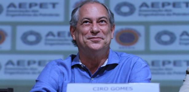 24.set.2018 - Ciro Gomes (PDT), participa de reunião na Associação dos Engenheiros da Petrobras no Rio de Janeiro