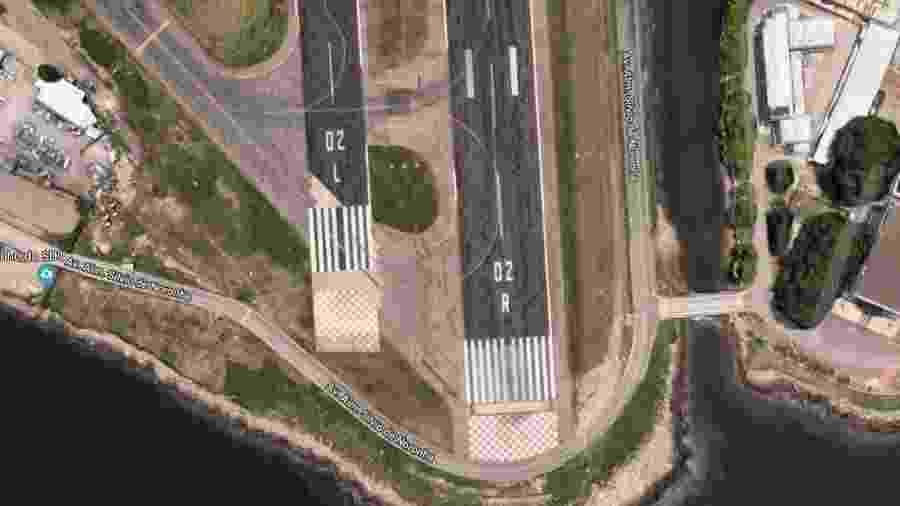 No aeroporto Santos Dumont, a pista principal tem 12 listras (45 m de largura) e a pista auxiliar, apenas oito (30 m) - Reprodução