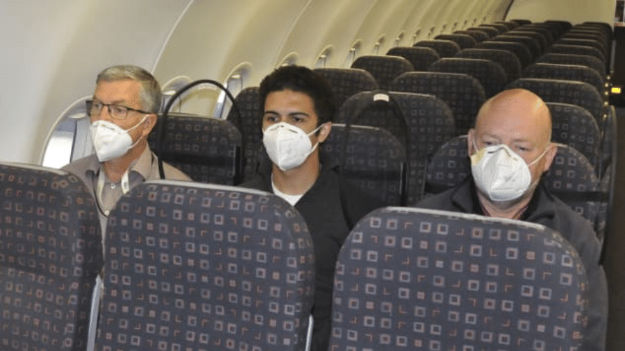 Escudos criados pela RAS Completions para proteger os passageiros do coronavírus em voos - Divulgação
