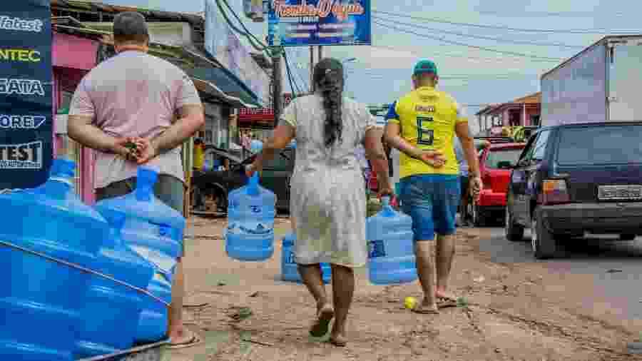 Após apagão, população do Amapá sofreu com crise de desabastecimento e falta de água - Maksuel Martins/Fotoarena/Estadão Conteúdo