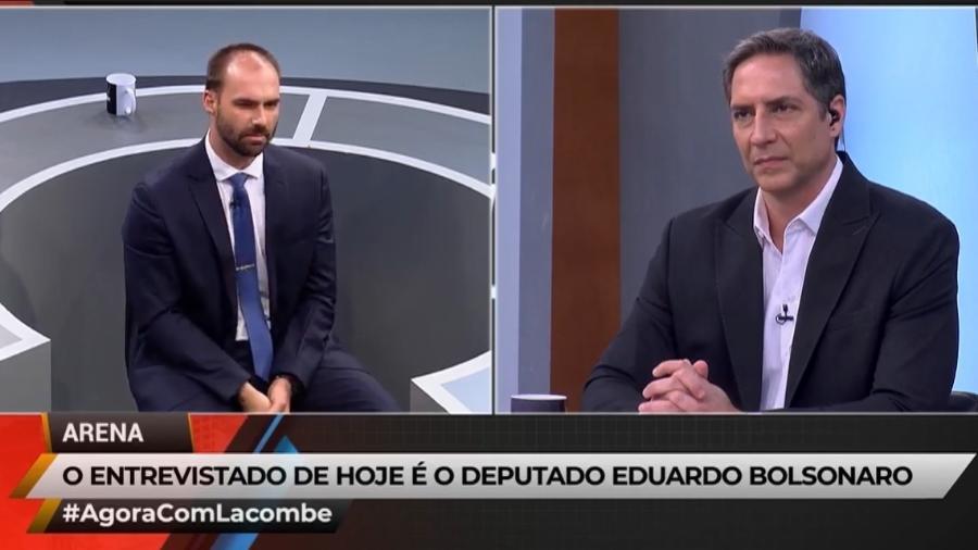 """Eduardo Bolsonaro participa do programa """"Agora com Lacombe"""" - Reprodução/RedeTV!"""