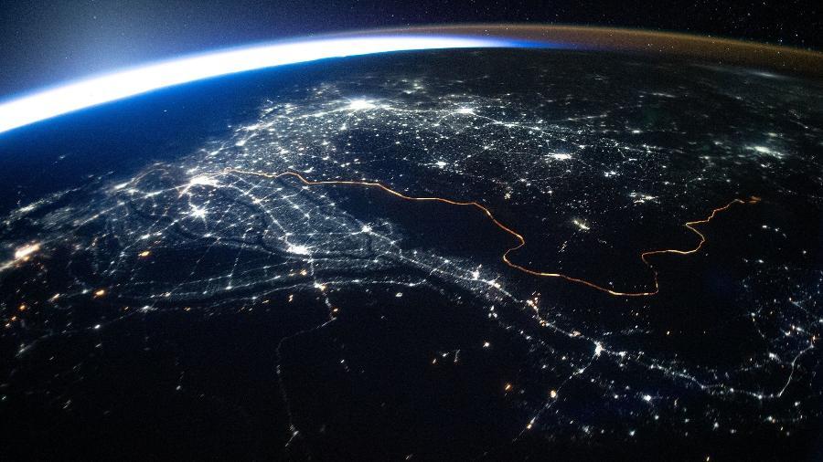 Luzes na noite do Paquistão - Reprodução/NASA Johnson