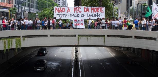 Ato contra a PEC do Teto congestiona avenida Paulista - Kevin David/A7 Press/Estadão Conteúdo