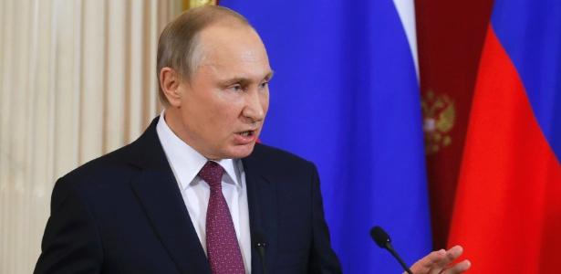 O presidente russo Vladimir Putin concede entrevista coletiva no Kremlin, em Moscou