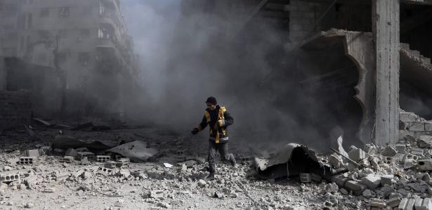 Mais de 500 pessoas morreram na Síria, após uma semana de bombardeios - Abdulmonam Eassa/AFP Photo