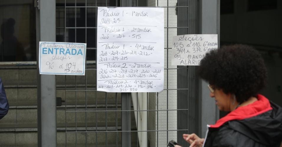 Eleitores esperam para votar em São Paulo