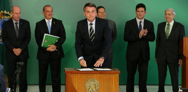 Armas: o que muda após decreto assinado por Bolsonaro?