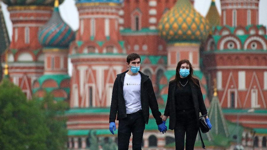 Ministro da Saúde anuncia início da vacinação em todas as regiões da Rússia - Valery Sharifulin / TASS