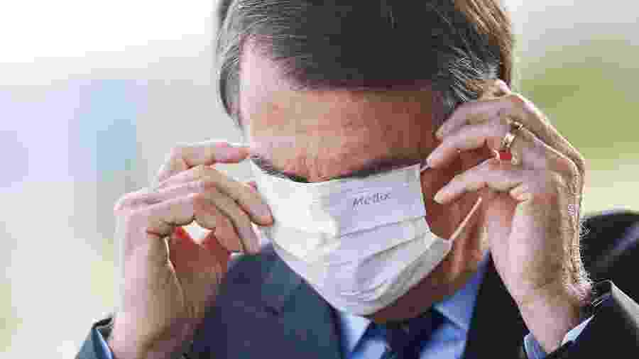 Adepto da cloroquina, presidente Jair Bolsonaro testou positivo para coronavírus - ADRIANO MACHADO