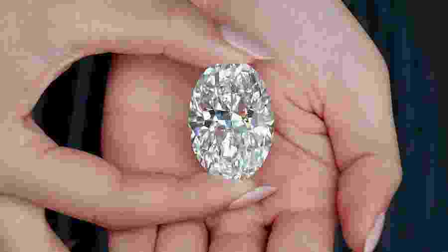 Diamante será colocado em um leilão autônomo de lote único em Hong Kong em 5 de outubro de 2020 -  Angela Weiss / AFP