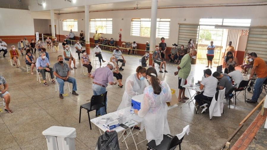 Quase 10,4 milhões de brasileiros já receberam pelo menos uma dose da vacina contra a covid-19 - Facebook/ Reprodução/ Prefeitura de Nova Granada