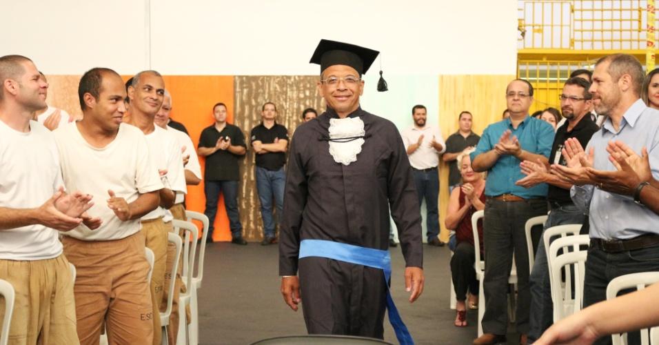 Preso Venilton Leonardo Vinci em Serra Azul é o primeiro de SP a obter ensino superior dentro da cadeia
