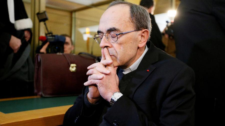 7.jan.2019 - O cardeal francês Philippe Barbarin enfrenta julgamento por esconder pedofilia cometida por padres da sua diocese, em Lyon, na França - Emmanuel Foudrot/Reuters