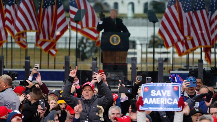 6.jan.2020 - O presidente Donald Trump discursa para apoiadores em frente à Casa Branca  - TASOS KATOPODIS/AFP - TASOS KATOPODIS/AFP