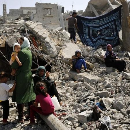Confrontos entre Israel e militantes palestinos em 2014 devastou o território em Gaza - EPA