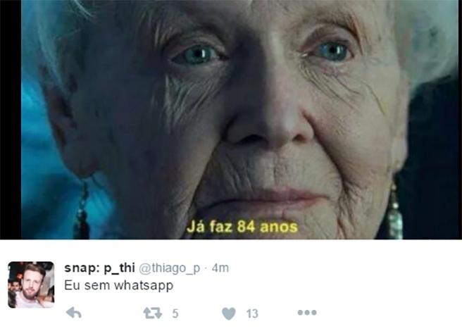 2.mai.2016 - Usuários de redes sociais criam memes após a Justiça de Sergipe mandar as operadoras de telefonia bloquearem os serviços do aplicativo WhatsApp por 72 horas a partir das 14 horas desta segunda-feira (2)