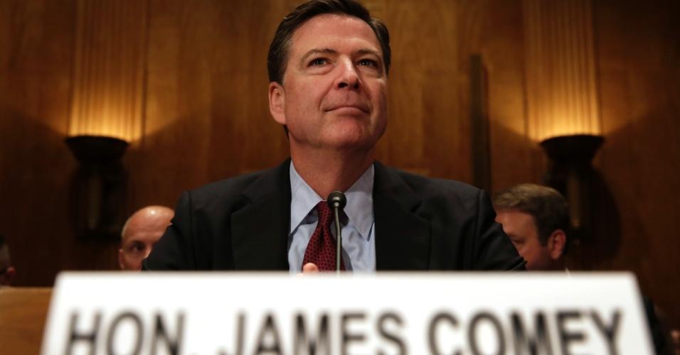 27.set.2016 - O diretor do FBI  James Comey aguarda para testemunhar no Senado, em Washington