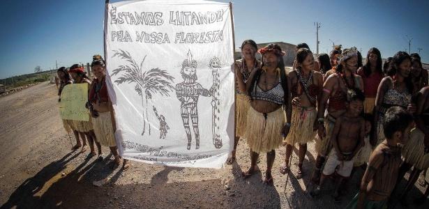 Resultado de imagem para Hidrelétrica inunda cachoeira sagrada, retira urnas indígenas e gera crise espiritual na Amazônia