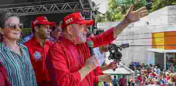 O ex-presidente Luiz Inácio Lula da Silva discursa durante sua passagem por Ipojuca (PE) - Ricardo Stuckert - 25.ago.2017/Divulgação