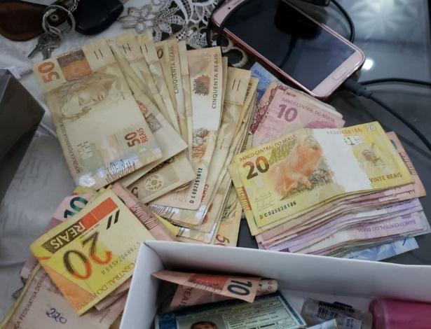 Dinheiro apreendido na manhã desta quinta-feira em operação da PF contra o tráfico