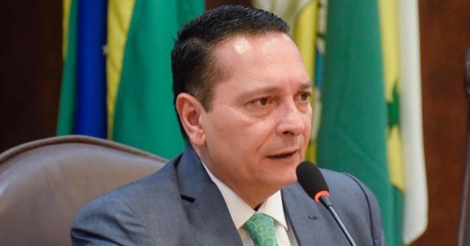 10.out.2018 - O deputado estadual Ezequiel Ferreira (PSDB), 51 anos, foi reeleito para mais um mandato como o mais votado no estado. Foram 58.221 votos