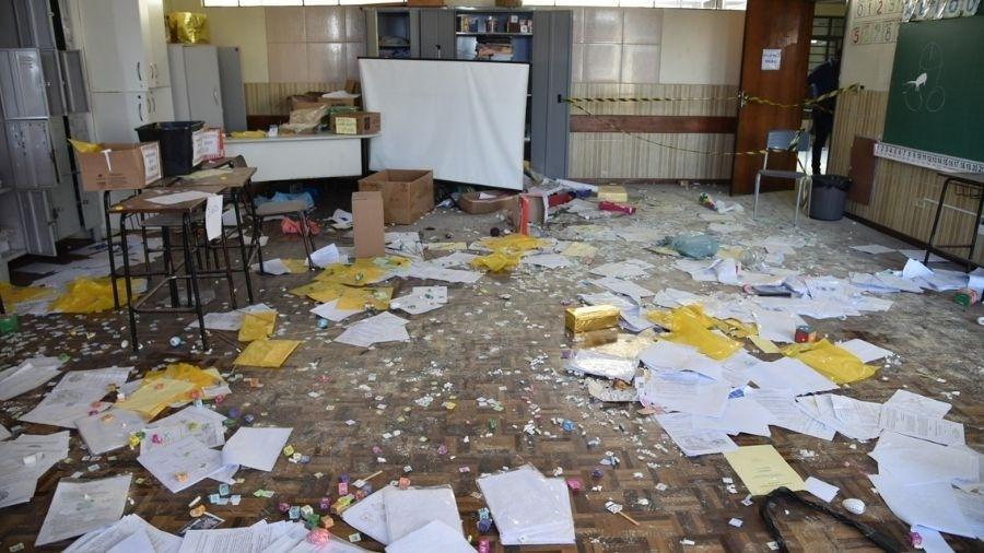 Sala de aula da Escola John Kennedy, em Colombo (PR) - Reprodução/Prefeitura de Colombo
