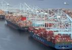 Por que EUA têm congestionamento recorde de navios de contêineres - Reuters