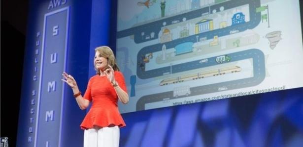 A executiva da Amazon Web Services é um das mulheres mais poderosas da computação hoje - Divulgação