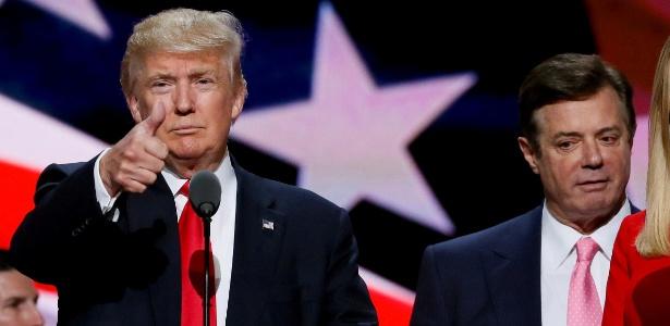 Trump com o então chefe de campanha Paul Manafort durante a convenção republicana em julho de 2016 - REUTERS/Rick Wilking