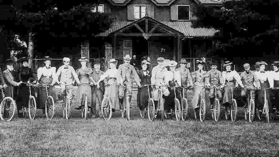 Não é exagero afirmar que a bicicleta ajudou a transformar o mundo - Getty Images