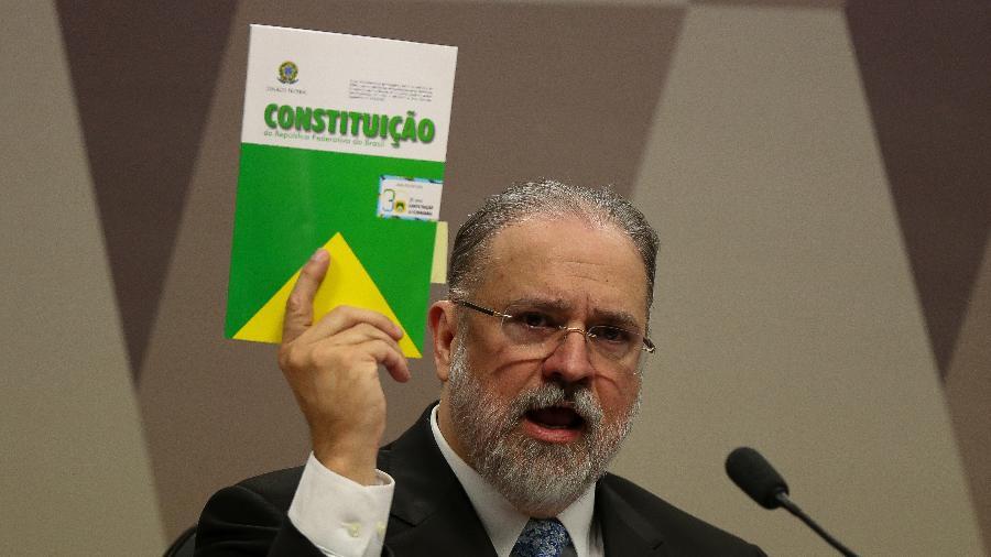 Augusto Aras durante sabatina na CCJ (Comissão de Constituição, Justiça e Cidadania) do Senado Federal; Aras foi indicado ao posto de chefe da PGR por Bolsonaro - Pedro Ladeira/Folhapress