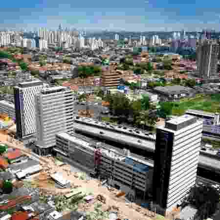 Conjunto Habitacional Jardim Edite, construído na Operação Urbana Água Espraiada, substituindo favela, é modelo arquitetônico para a intervenção na zona oeste - Divulgação/Prefeitura de São Paulo