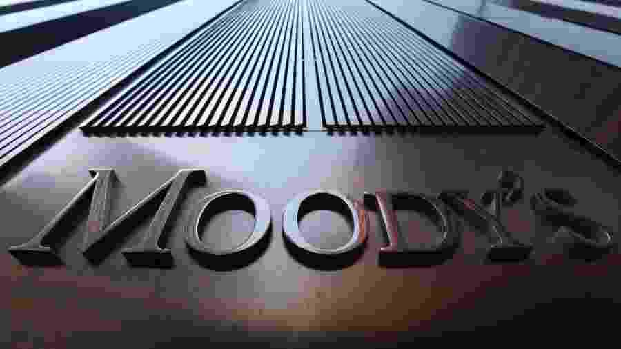 """Logo da Moody""""s nos escritórios da empresa em Nova York, EUA - Mike Segar"""