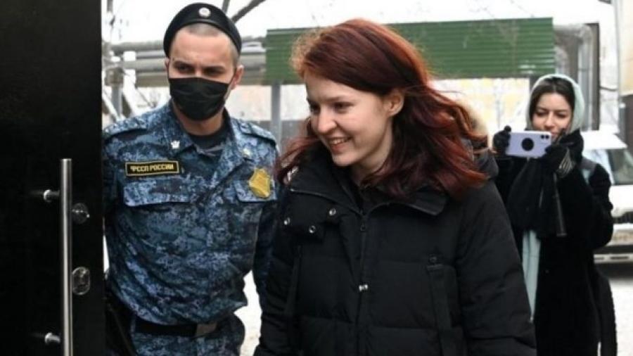 A porta-voz de Navalny, Kira Yarmysh, é acusada de violar as leis de protesto - APF