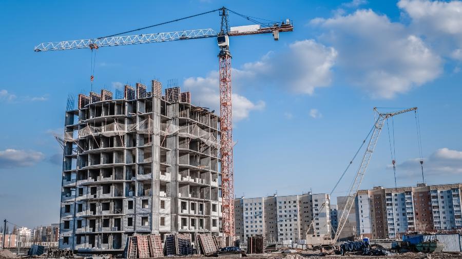 Segundo a CNI, esse foi o sexto mês consecutivo de retração das atividades no setor da construção civil - mr_Prof/iStock