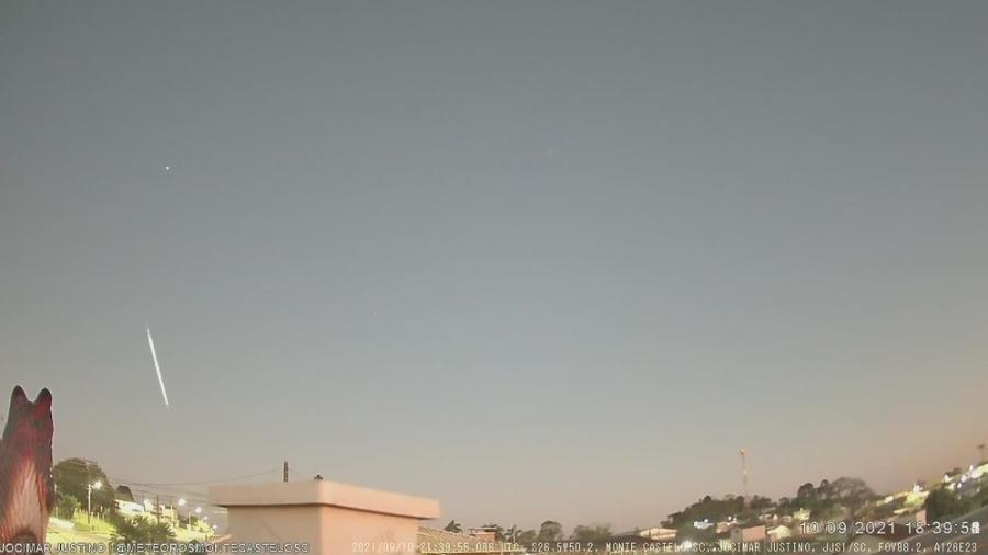 Meteoro visto no céu de cidade em Santa Catarina - Jocimar Justino de Souza/Bramon