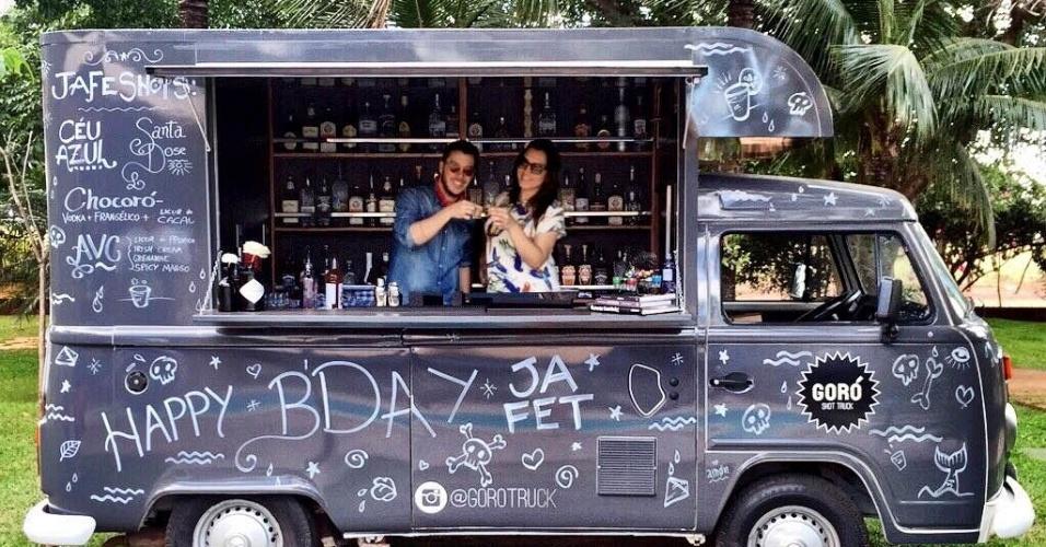 Mineiros criam gor truck para servir drinks em copo de for Bar 96 food truck