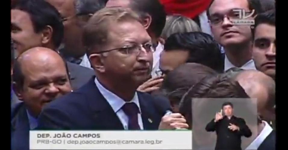 17.abr.2016 - o deputado João Campos (PRB-GO) votou a favor do impeachment da presidente Dilma Rousseff